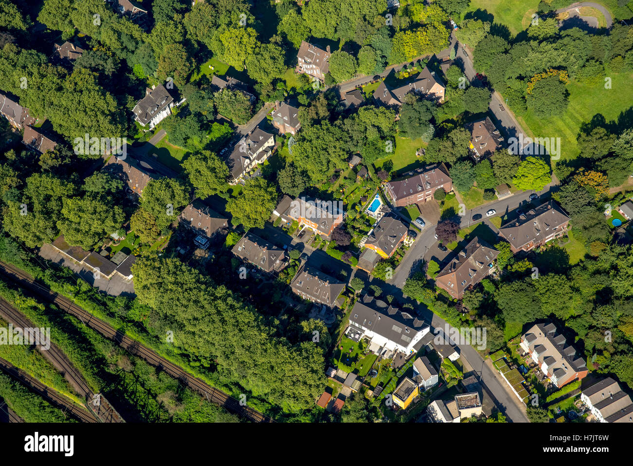 Aerial view, Oberhausen officials colony Grafenbusch, historic housing estate, housing estate for Gutehoffnungshütte - Stock Image