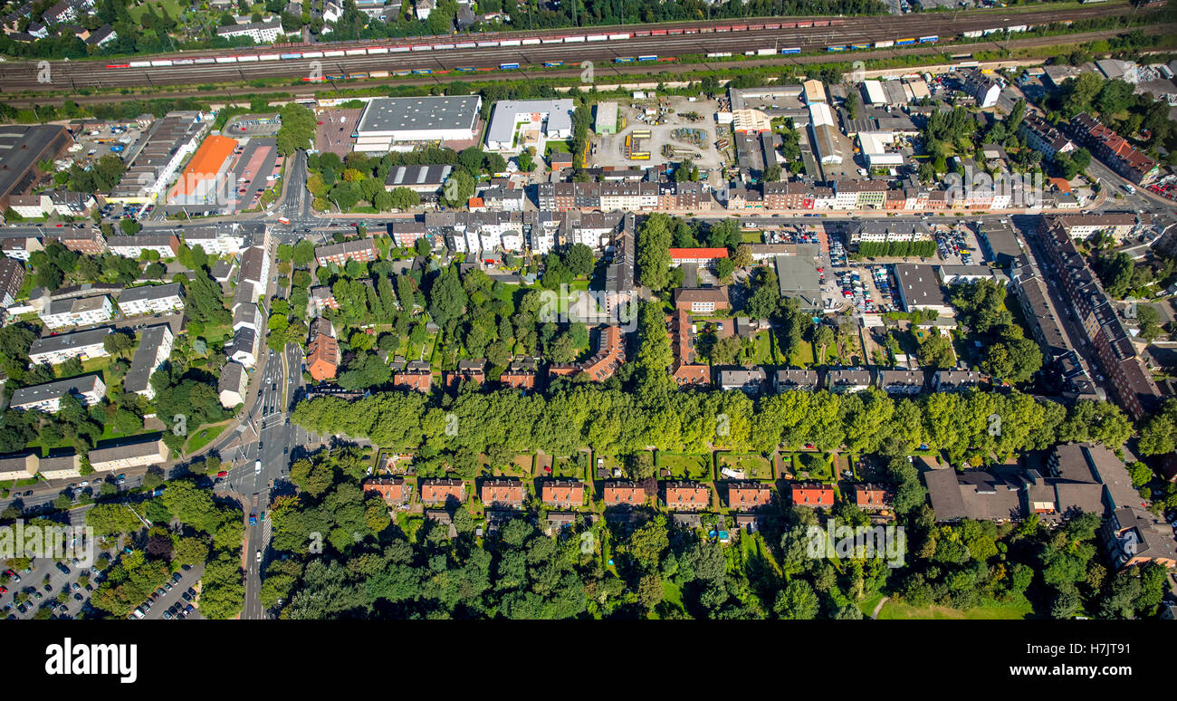 Aerial picture, Oberhausen area around the main station old mining colony Gustavstrasse, historical working-class - Stock Image