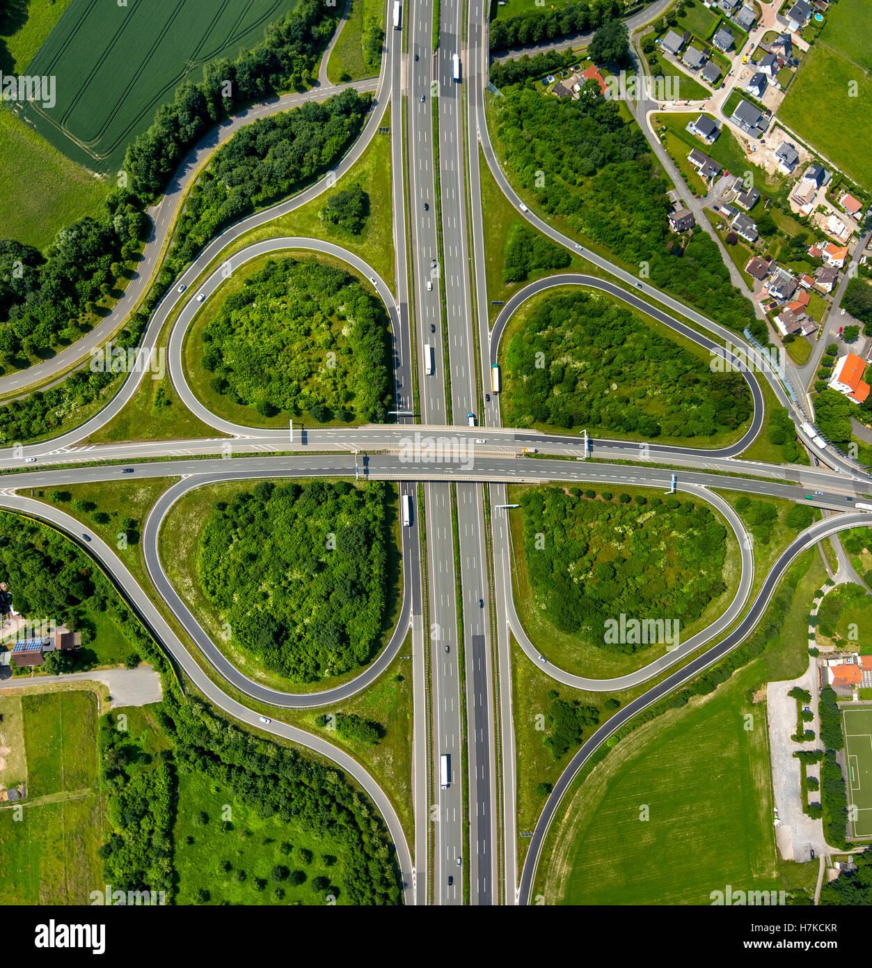 Cloverleaf intersection