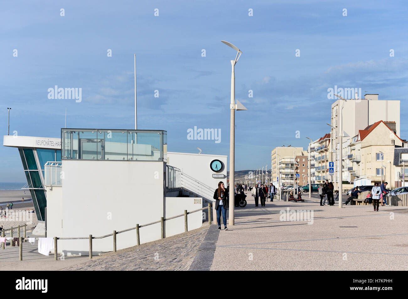 First-aid post on the beach of Neufchatel- Hardelot, Pas de Calais, France - Stock Image