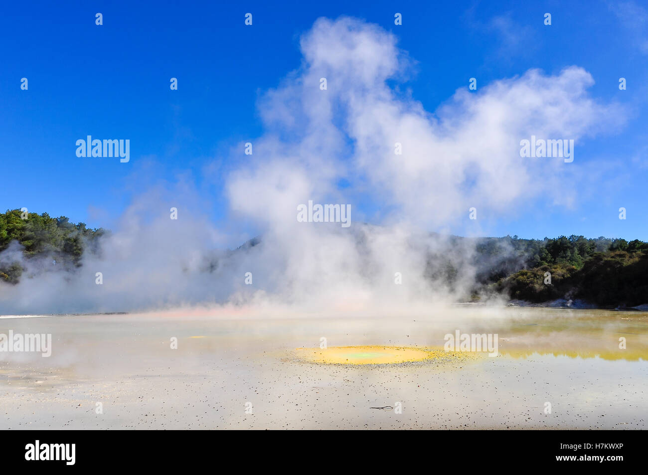 The Artist's Palette in the wonderland of the Wai-o-tapu geothermal area, near Rotorua, New Zealand - Stock Image
