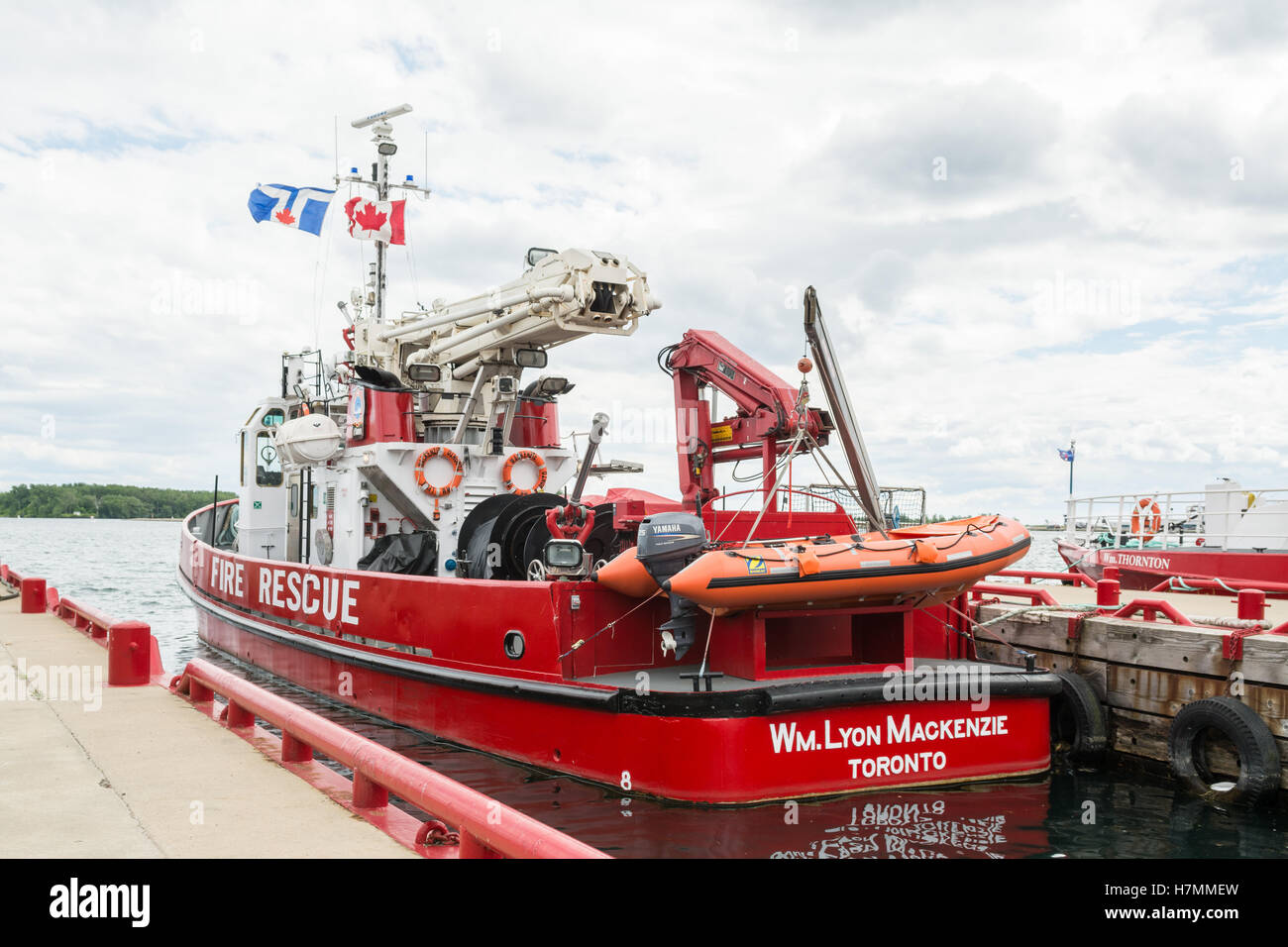 Fire Rescue boat and ice breaker - William Lyon Mackenzie - part of the Toronto fire service, Toronto, Ontario, - Stock Image