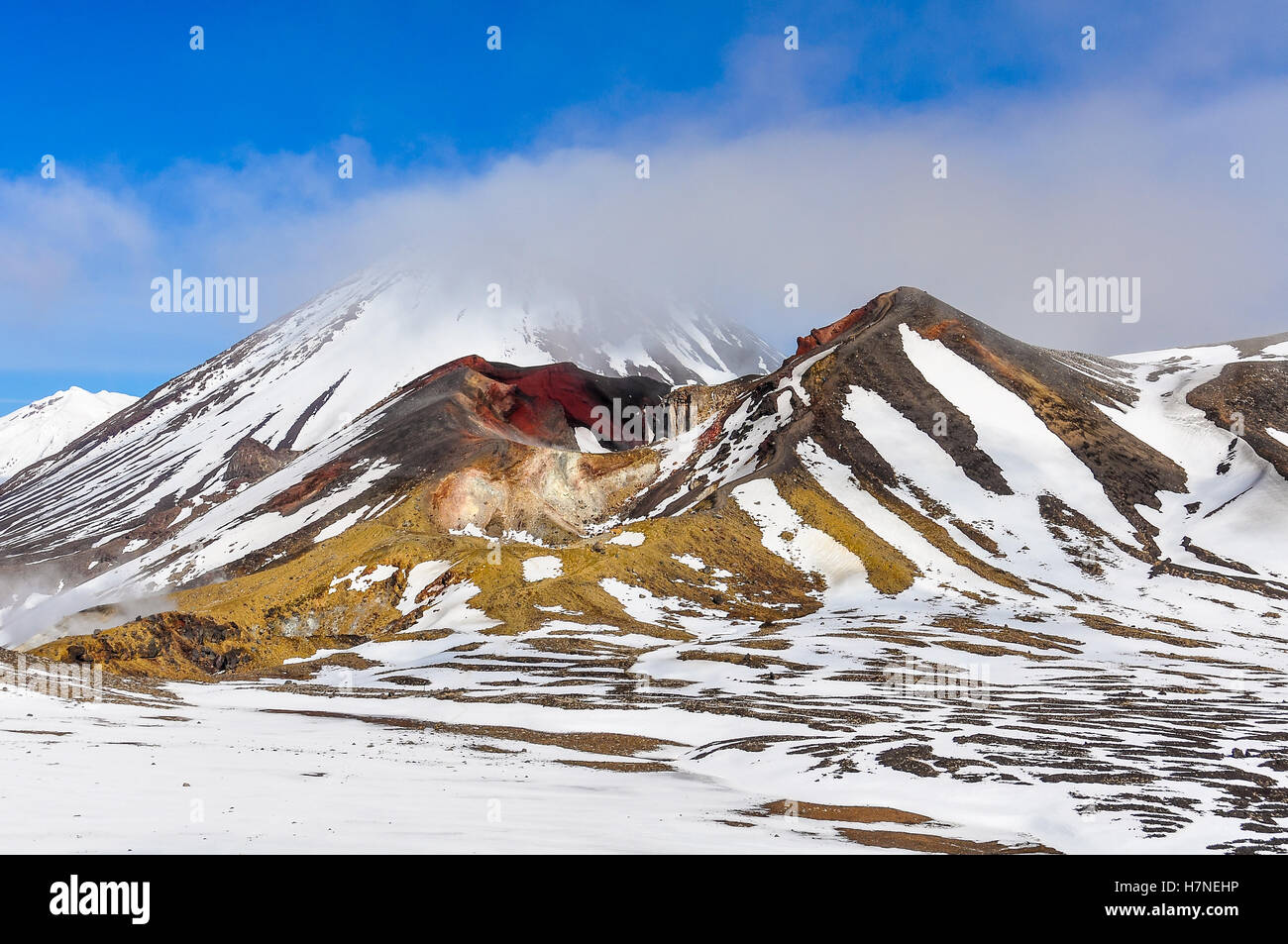 Red Crater in cloud in the winter Tongariro Alpine Crossing, New Zealand - Stock Image