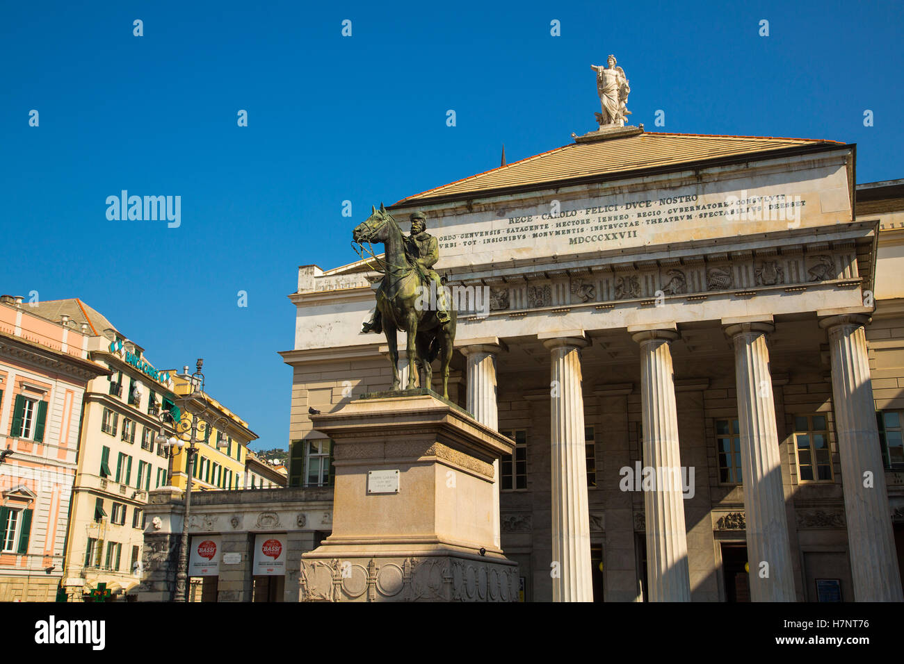 Garibaldi Statue & Carlo Felice Theater, Opera Theater. Historic center, Old Twon. Genoa. Mediterranean Sea. - Stock Image
