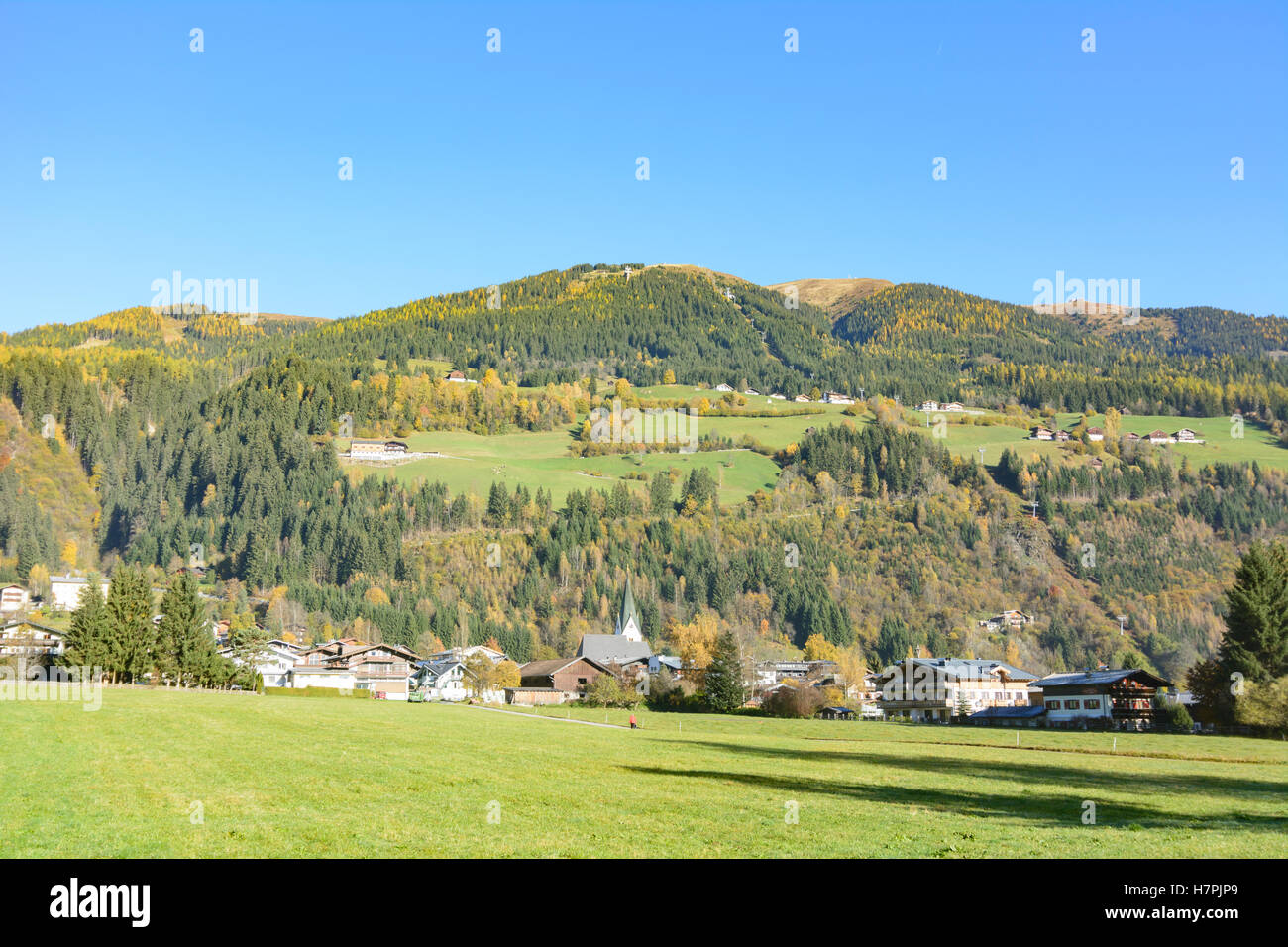 Neukirchen am Großvenediger: Neukirchen village, Pinzgau, Salzburg, Austria - Stock Image