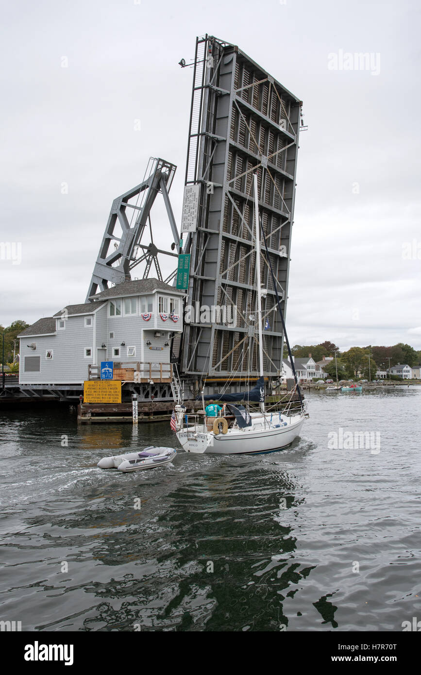 Mystic River highway bridge Connecticut USA - The lifting Bridge which crosses the Mystic River in open position - Stock Image