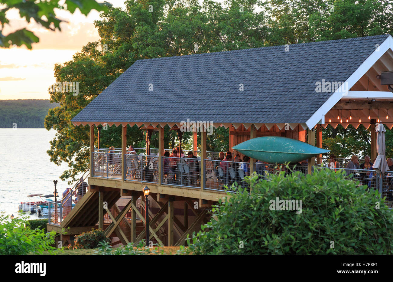Boathouse Restaurant Lake Wallenpaupack