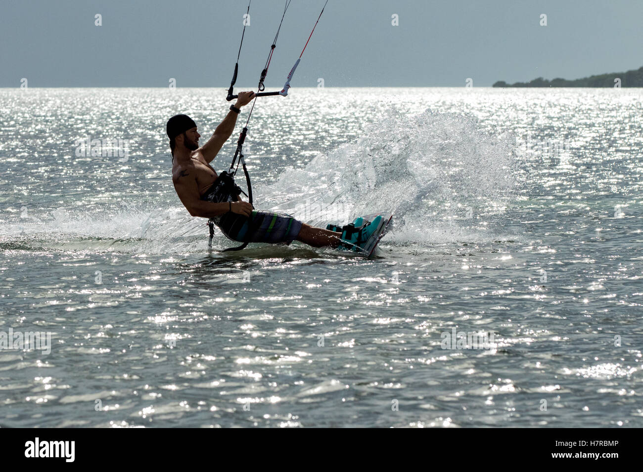 Professional Kitesurfer Bret Sullivan at Veterans Memorial Park - Little Duck Key, Florida, USA - Stock Image