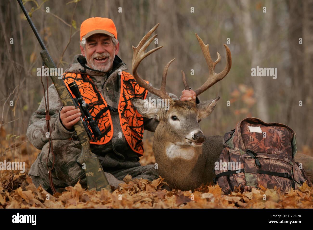 Deer hunter baccarat art deco