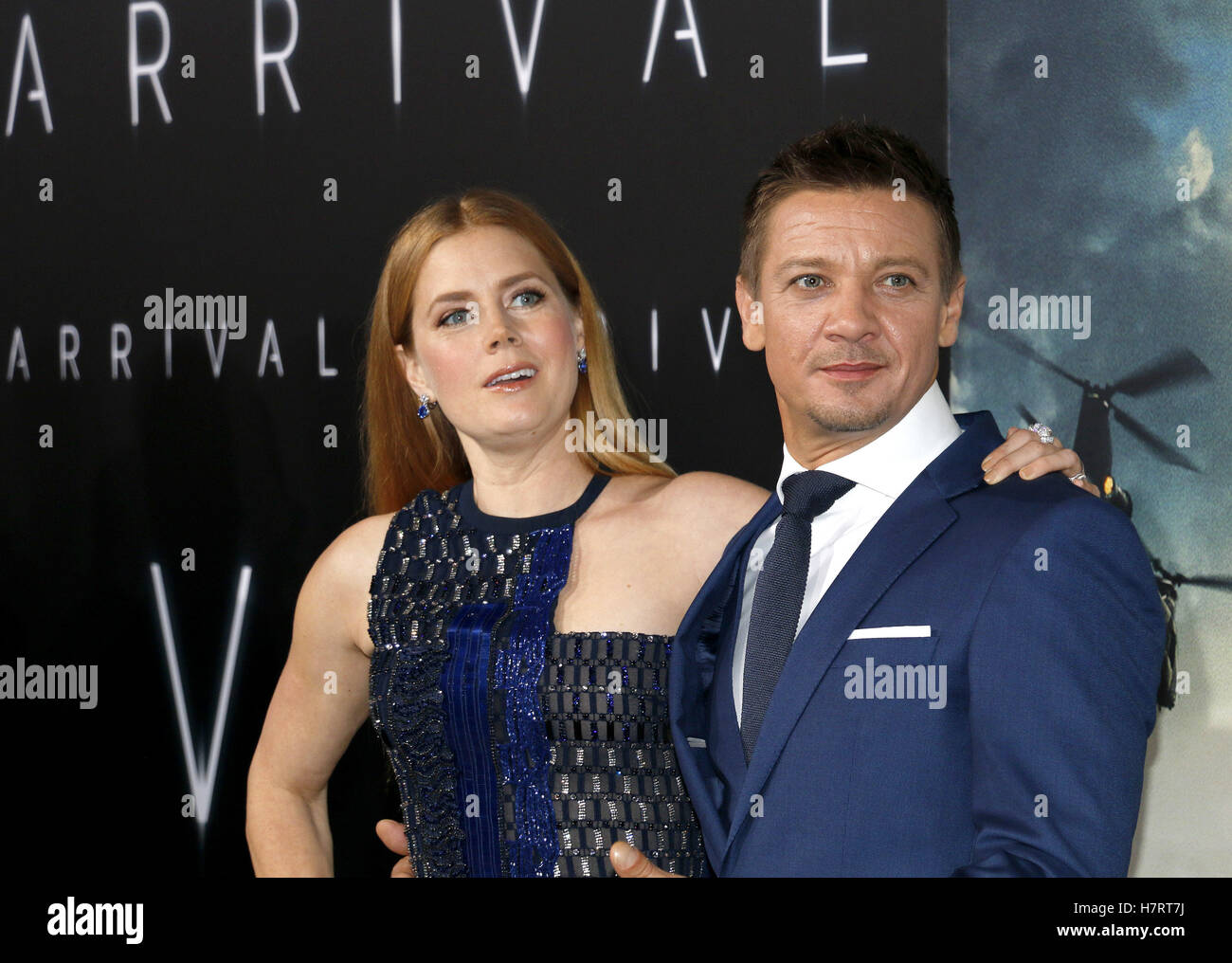 Westwood, USA. 6th Nov, 2016. Jeremy Renner and Amy Adams at the Los Angeles premiere of 'Arrival' held - Stock Image
