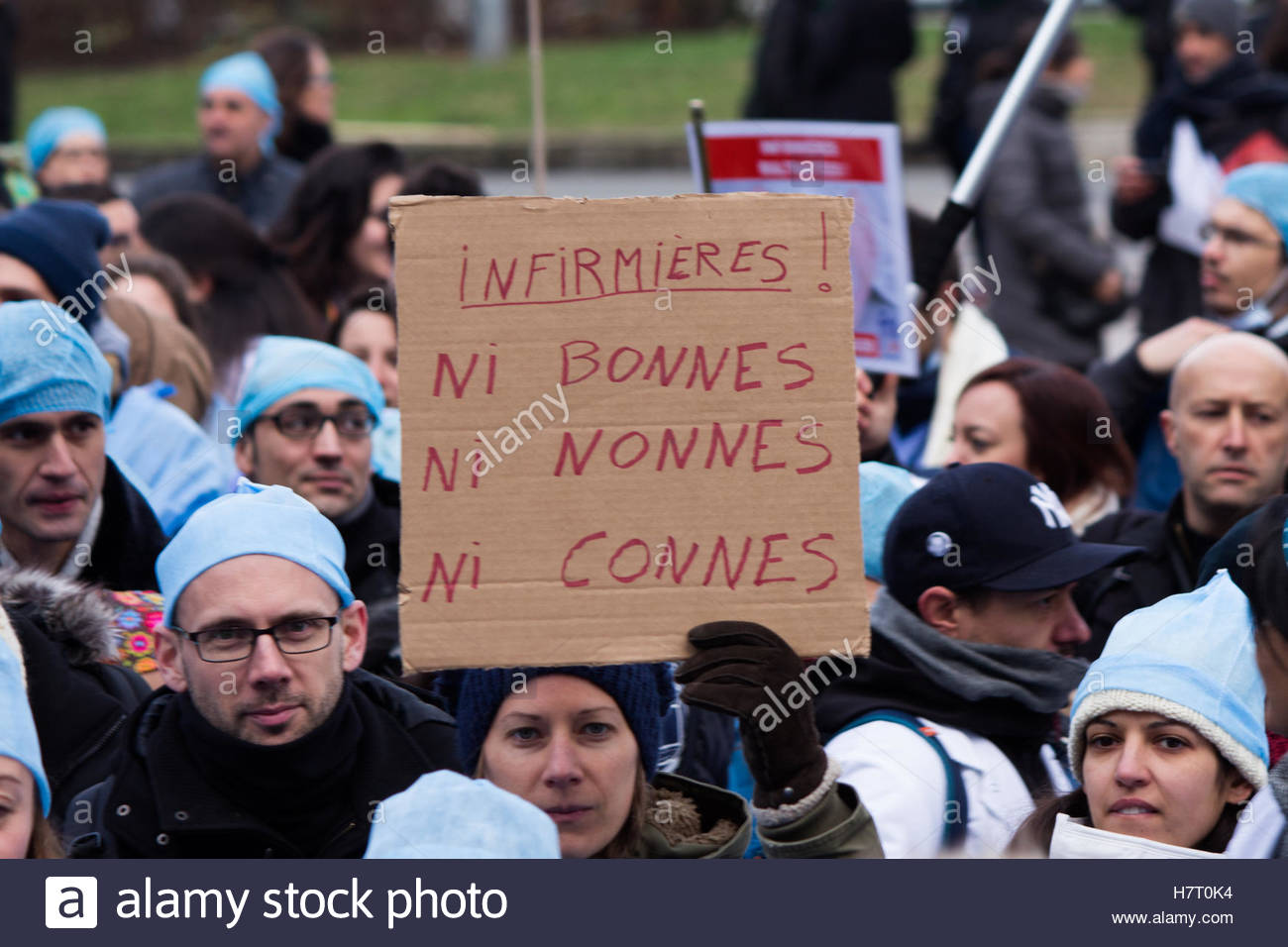 Paris, France. 8th Nov, 2016. Nurses and care assistants attend a demonstration as part of a nationwide day of protest - Stock Image