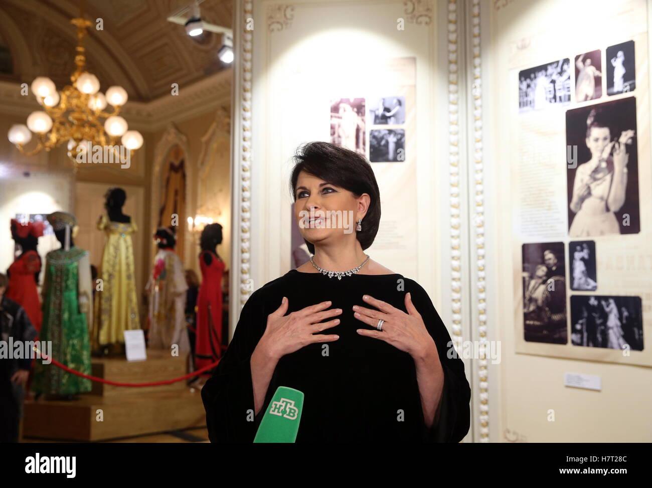 Today is the anniversary of Galina Vishnevskaya 10/25/2011 30