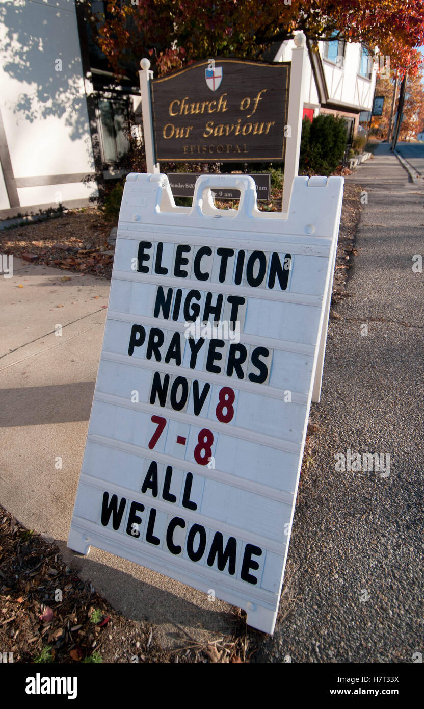 Bedford, New Hampshire, USA. 8th November, 2016. Credit:  Andrew Cline/Alamy Live News - Stock Image
