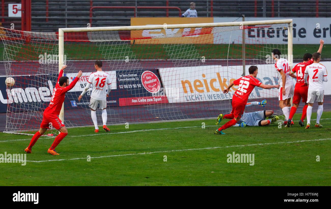 sports, football, Regional League West, 2016/2017, Rot Weiss Oberhausen vs Rot Weiss Essen 2:2, Stadium Niederrhein Stock Photo