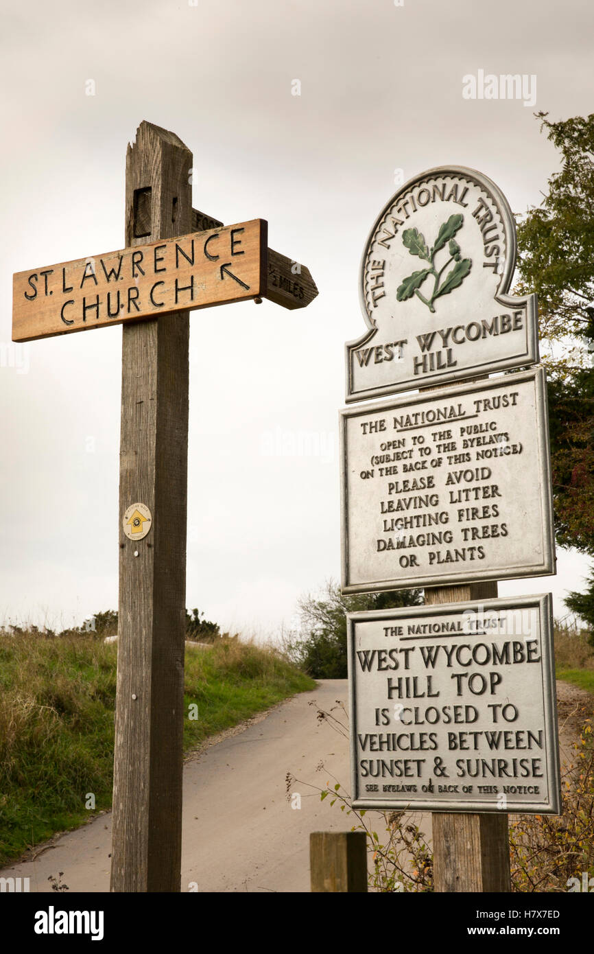 UK, England, Buckinghamshire, West Wycombe Hill Top, National Trust by-law signs near St Lawrence's Church - Stock Image