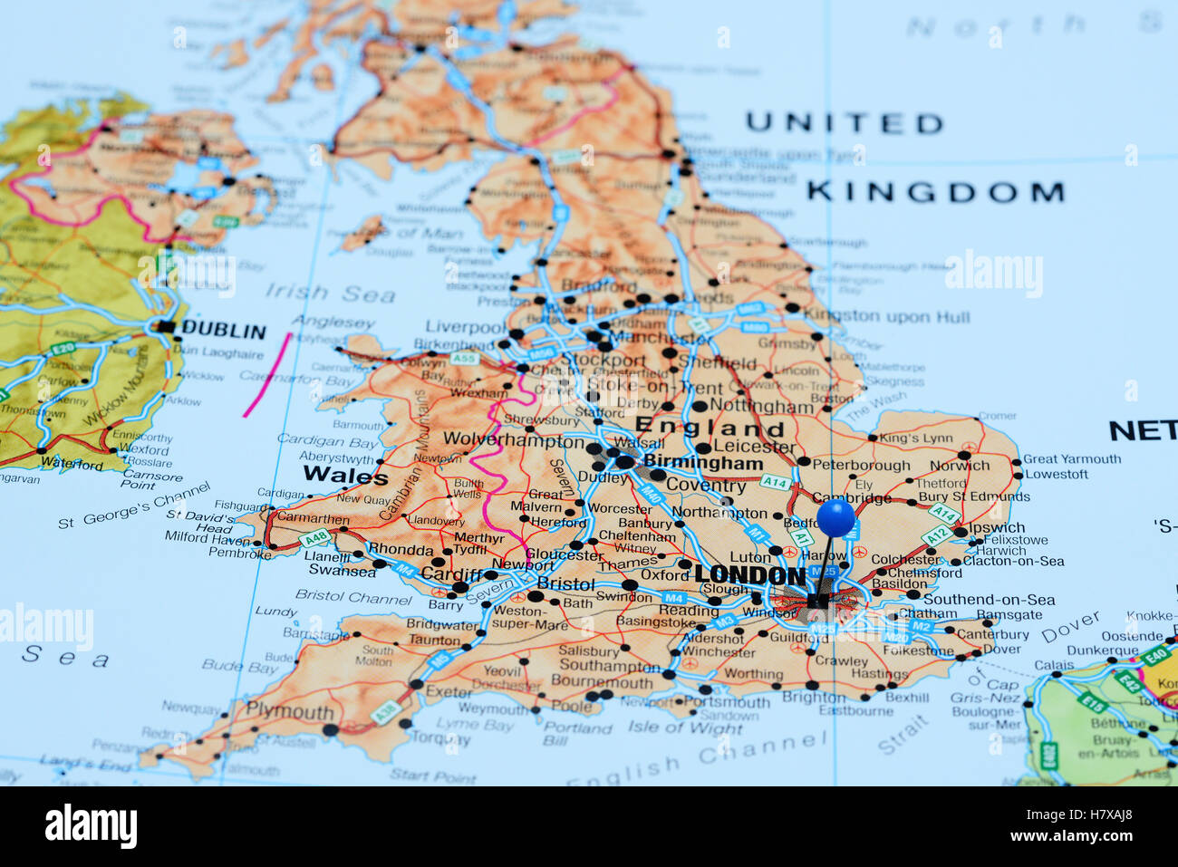 London On The Map London pinned on a map of UK Stock Photo: 125354272   Alamy