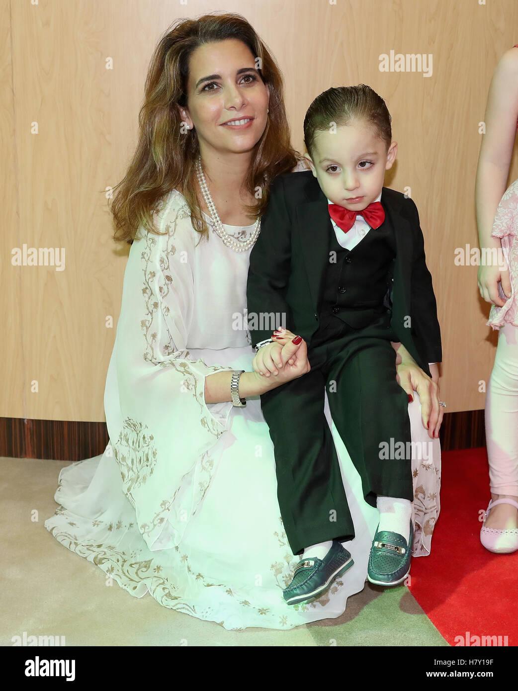 Princess Haya Bint Al Hussein meets a young Syrian boy ...
