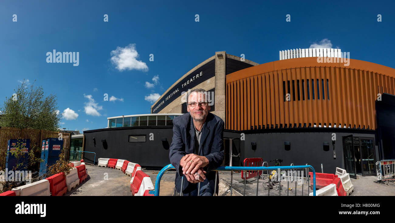 Architect Steve Tompkins, one half of Howarth Tompkins, in front of his ongoing work at Chichester Festival Theatre - Stock Image