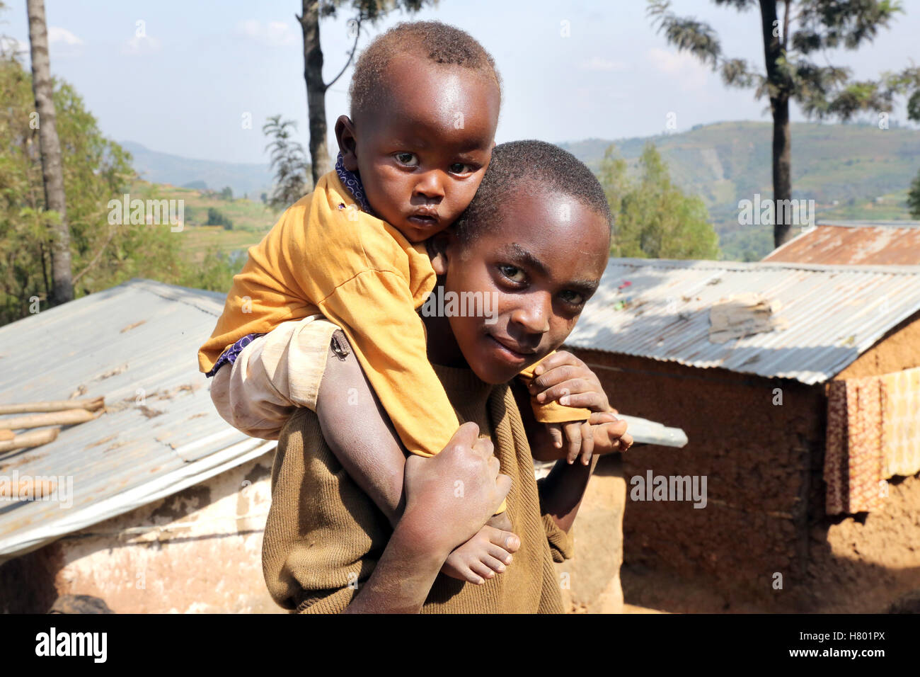 Refugee children from the Congo in the UNHCR Kigeme refugee camp, diocese of Gikongoro, Rwanda, Africa - Stock Image