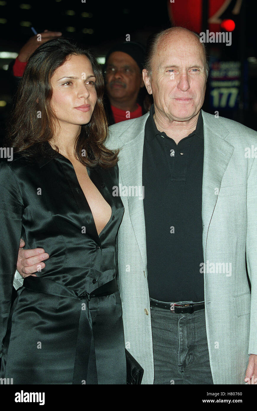 "ROBERT DUVALL LUCIANA PEDRAZA ""THE 6TH DAY"" LA PREMIER WESTWOOD LA USA 13 November 2000"