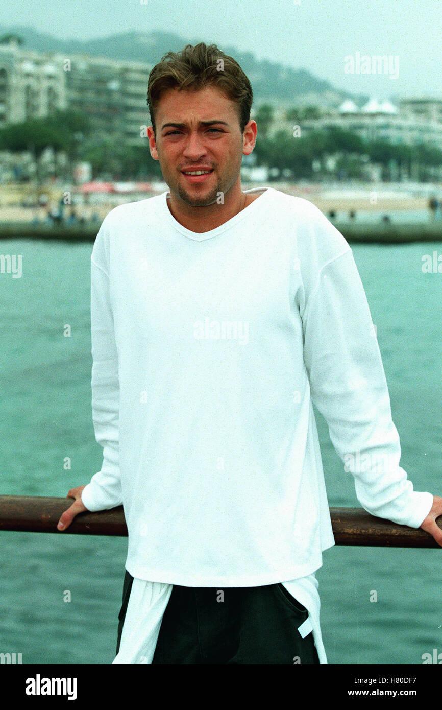 PAUL NICHOLLS .  26 May 1999 - Stock Image