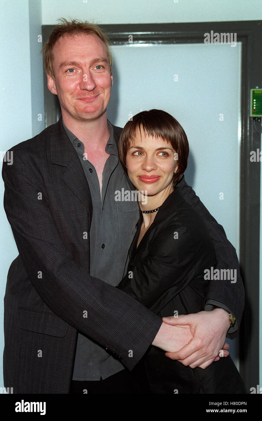 DAVID THEWLIS & KATE HARDIE  09 June 1999 - Stock Image