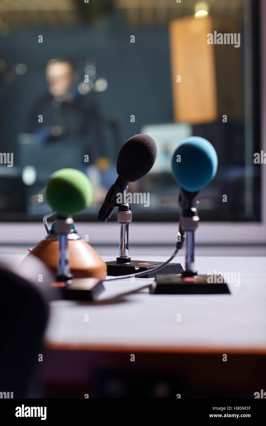 """On Air"" Microphones in a sound recording studio Radio Broadcasting Stock Photo"