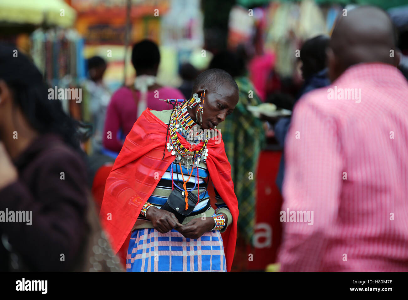 Masai saleswoman on market place, Nairobi, Kenya - Stock Image