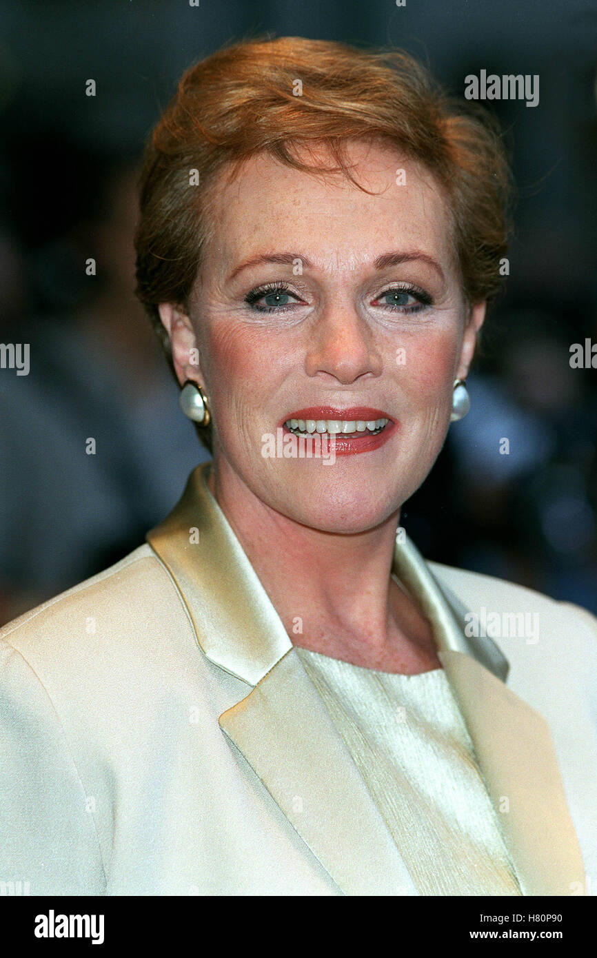 Julie Andrews (born 1935) nudes (48 photos), Sexy, Leaked, Twitter, lingerie 2015