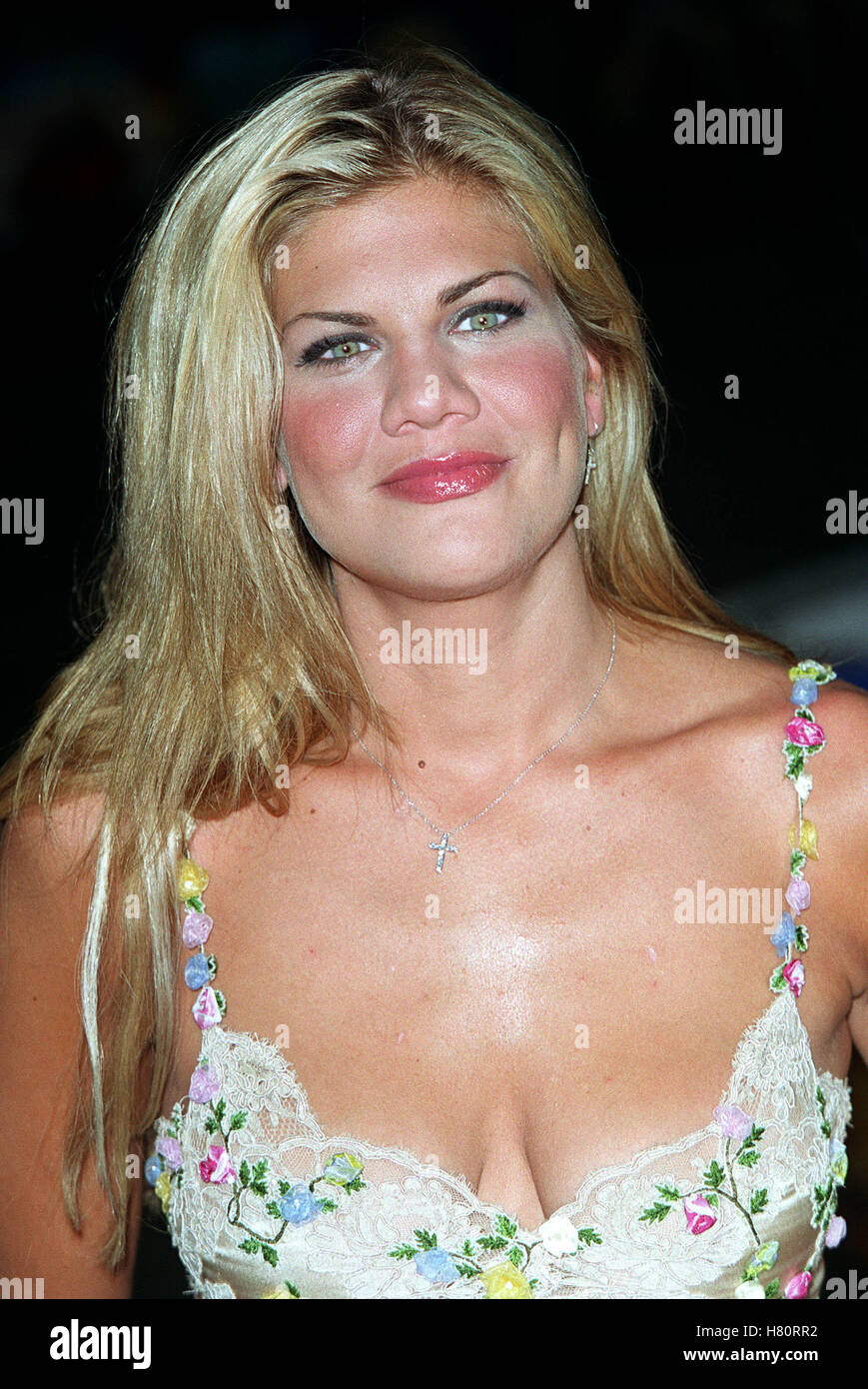 Kristen Johnston Nude Photos 85
