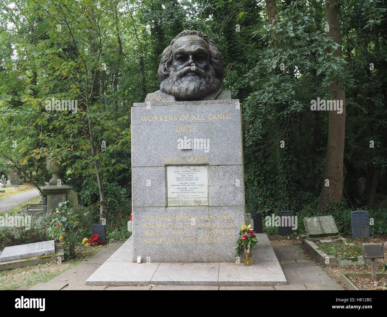 Highgate Cemetery London, Karl Marx - Stock Image