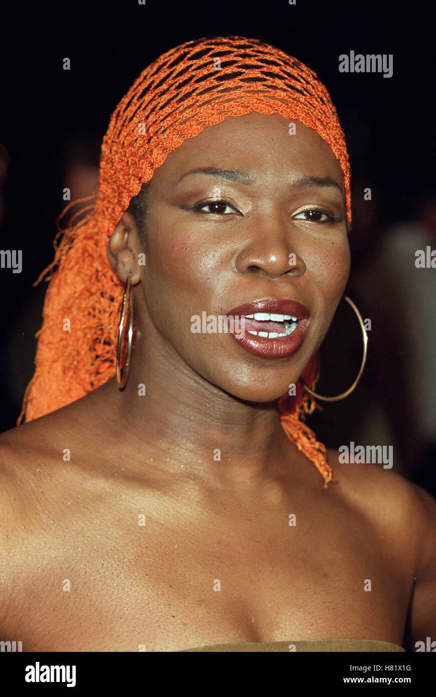 INDIAARIE MUHAMMAD ALI'S 60TH BIRTHDAY KODAK THEATRE LA USA 12 January 2002 - Stock Image