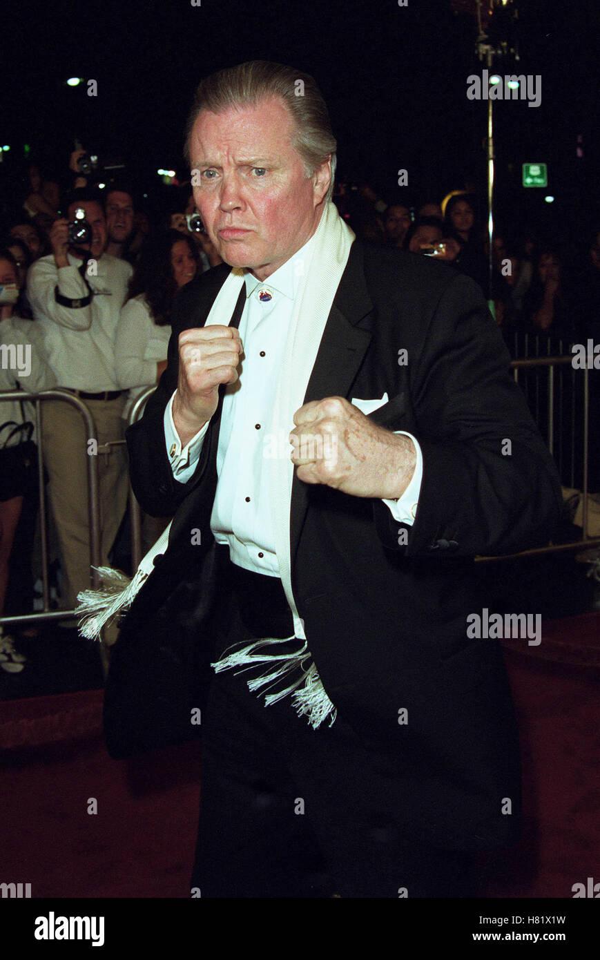 JON VOIGHT MUHAMMAD ALI'S 60TH BIRTHDAY KODAK THEATRE LA USA 12 January 2002 - Stock Image