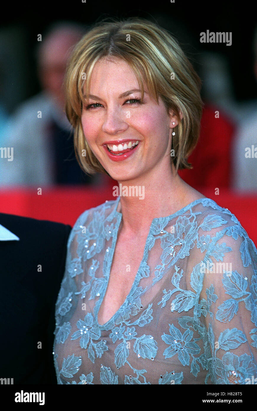Watch Jenna Elfman video