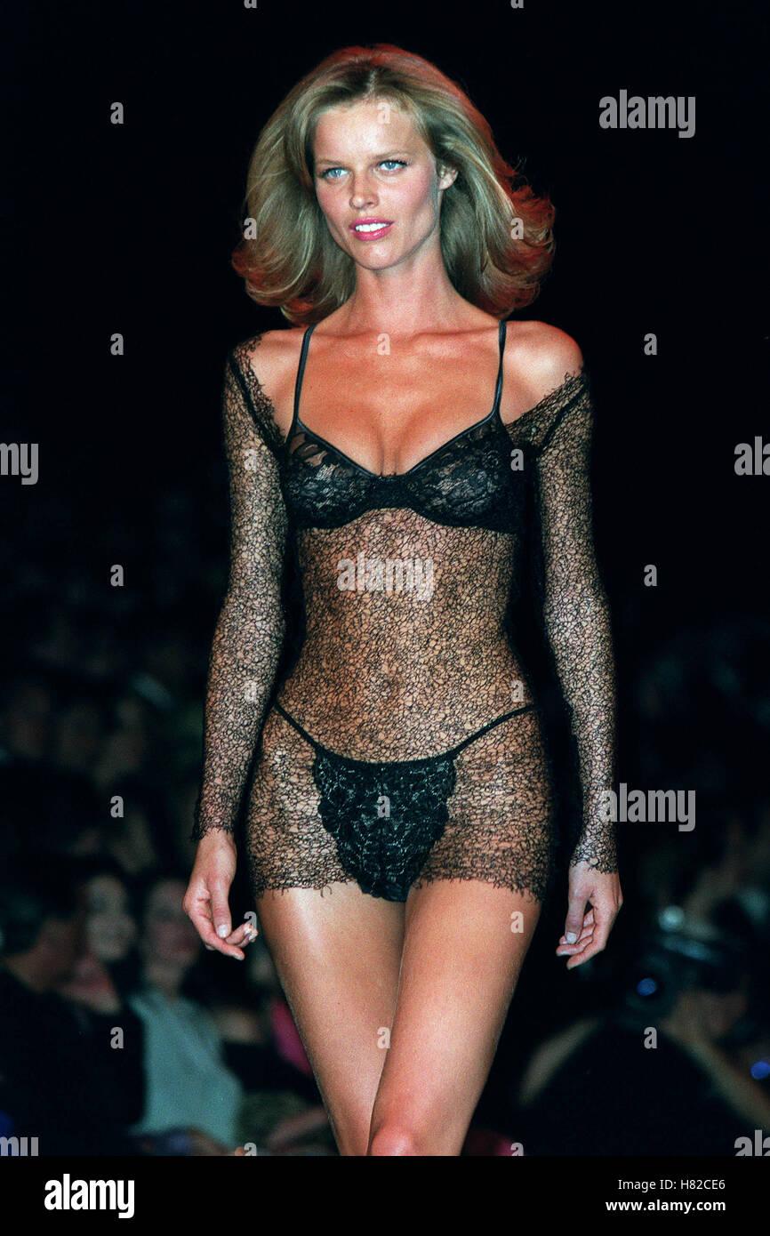 Eva Herzigova Nude Photos 94
