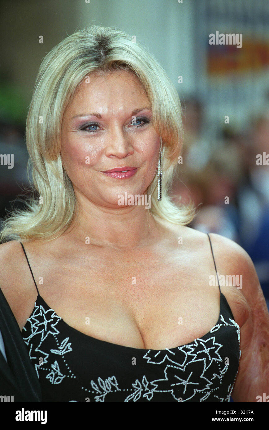 Amanda Redman Nude Photos 81