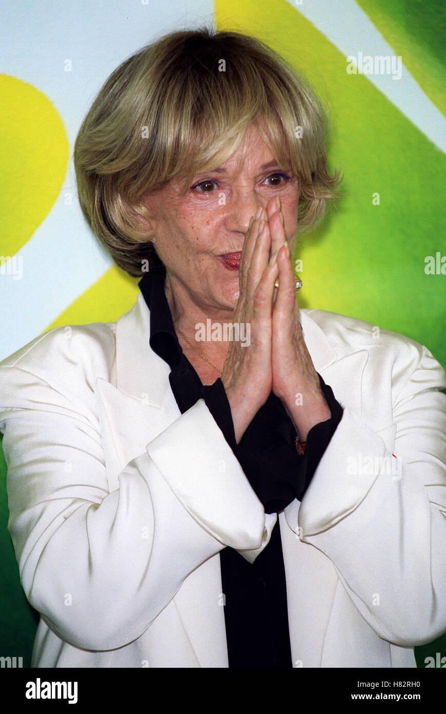 JEANNE MOREAU 'CET AMOUR-LA' PHOTOCALL VENICE FILM FESTIVAL 2001 ITALY 08 September 2001 - Stock Image