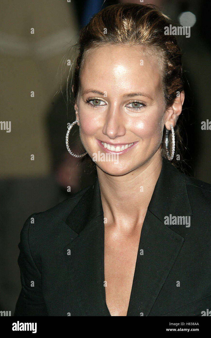 LADY VICTORIA HERVEY LORD OF THE RINGS:TWO TOWERS THE ODEON LEICESTER SQ LONDON ENGLAND 11 December 2002 - Stock Image