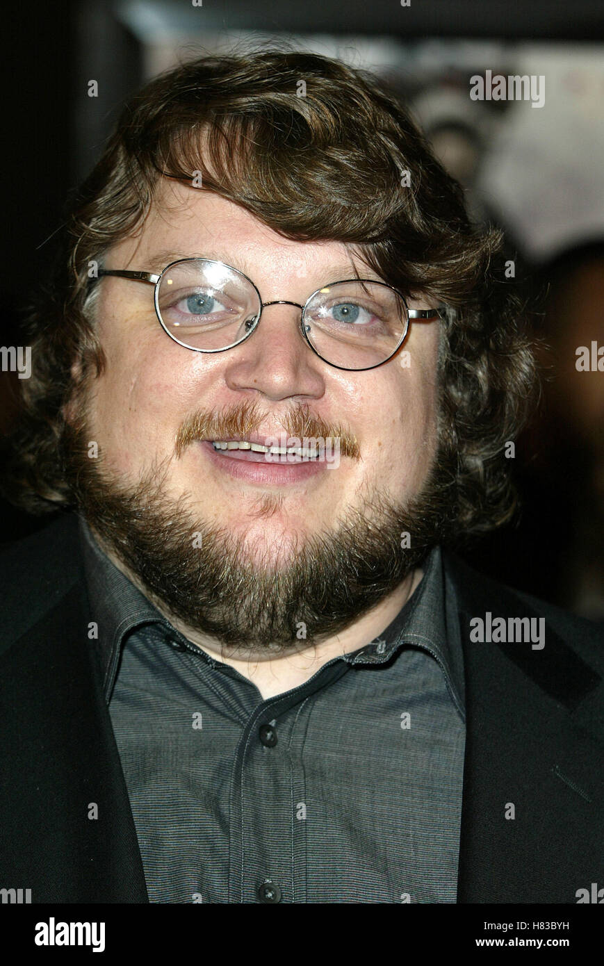 GUILLERMO DEL TORO BLADE 2 FILM PREMIERE MANN'S CHINESE THEATRE HOLLYWOOD USA 21 March 2002 Stock Photo