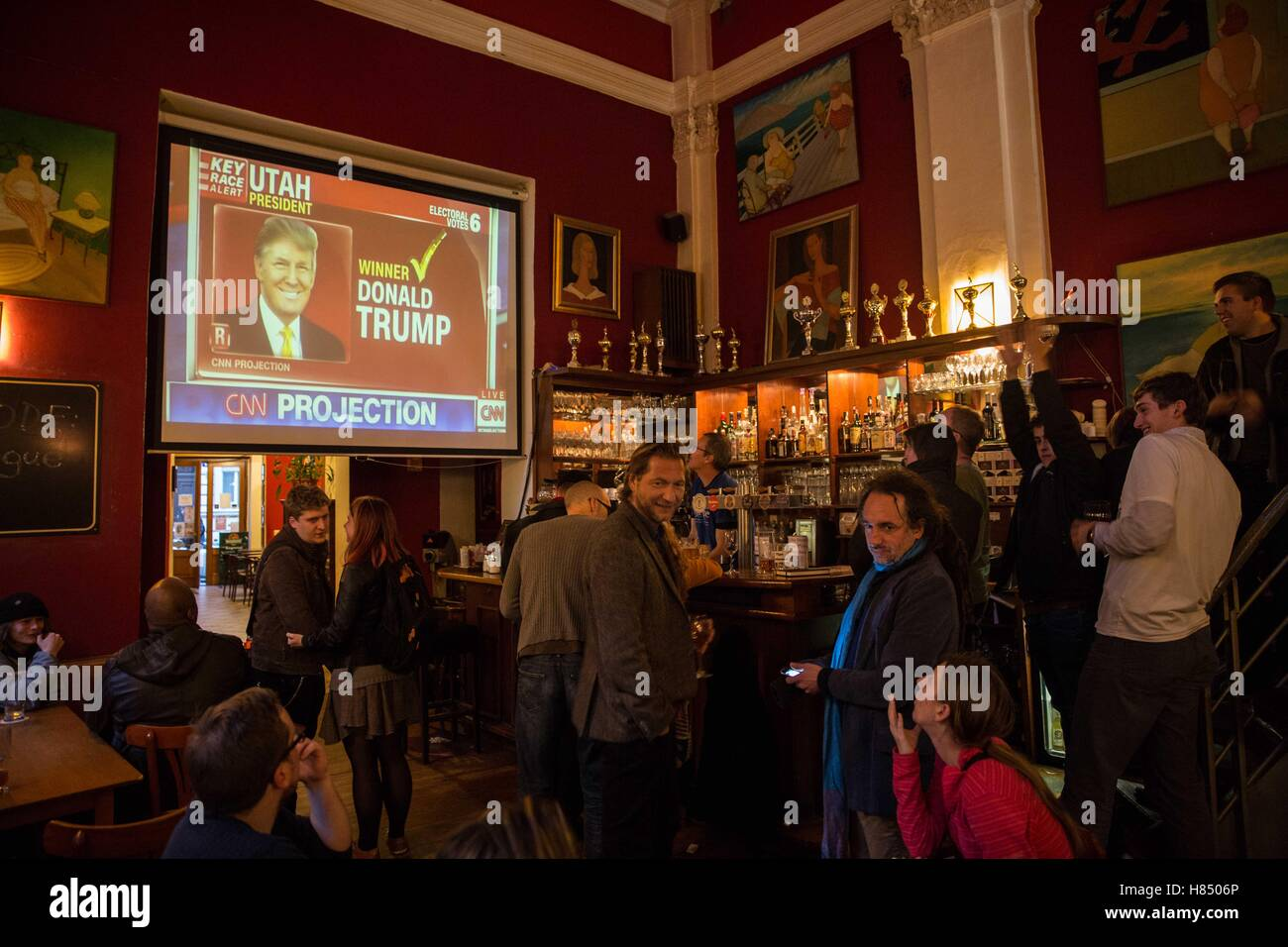 Prague, Czech Republic. 9th Nov, 2016. The Americans that lives in Czech Republic were following the US elections - Stock Image