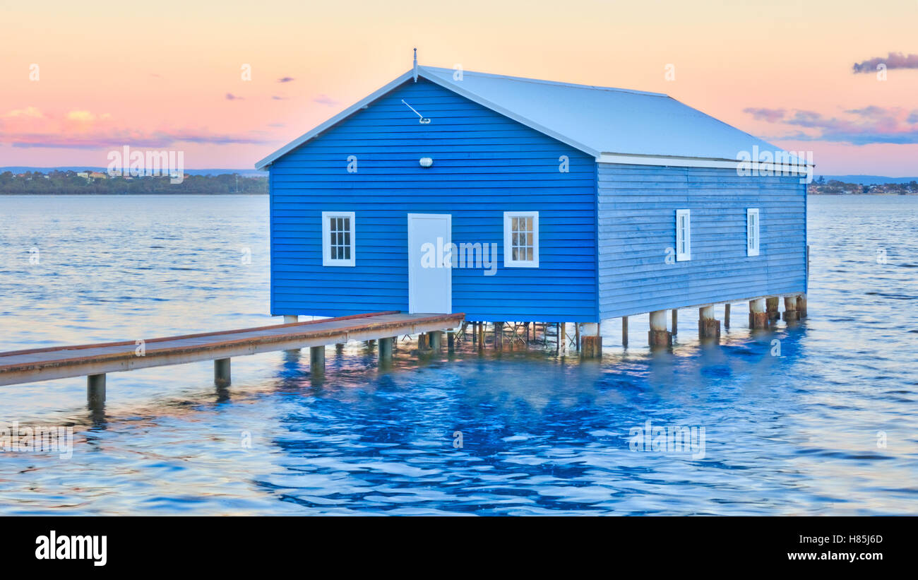 The Crawley Edge Boatshed is a well-recognized and frequently photographed site in Perth. - Stock Image