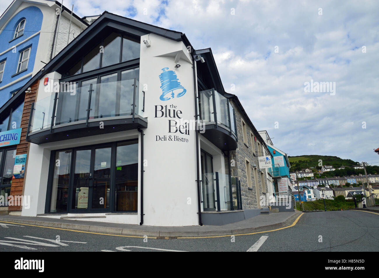 The Blue Bell, Deli & Bistro, New Quay, Ceredigion, Wales - Stock Image