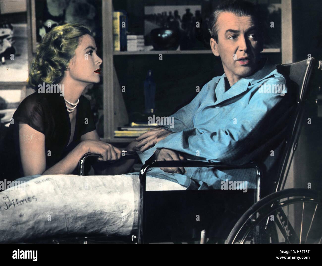 Das Fenster zum Hof, (REAR WINDOW) USA 1954, Regie: Alfred Hitchcock, GRACE KELLY, JAMES STEWART, Stichwort:  Rollstuhl, - Stock Image