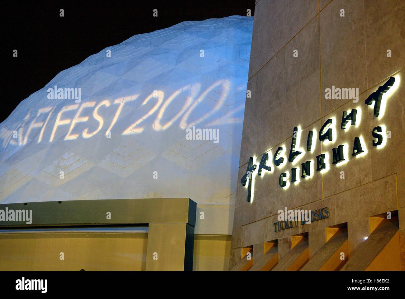 ARCLIGHT CINEMA CINERAMA DOME SNAKESKIN PREM AFI FESTIVAL ARCLIGHT HOLLYWOOD LA  USA 09 November 2002 - Stock Image