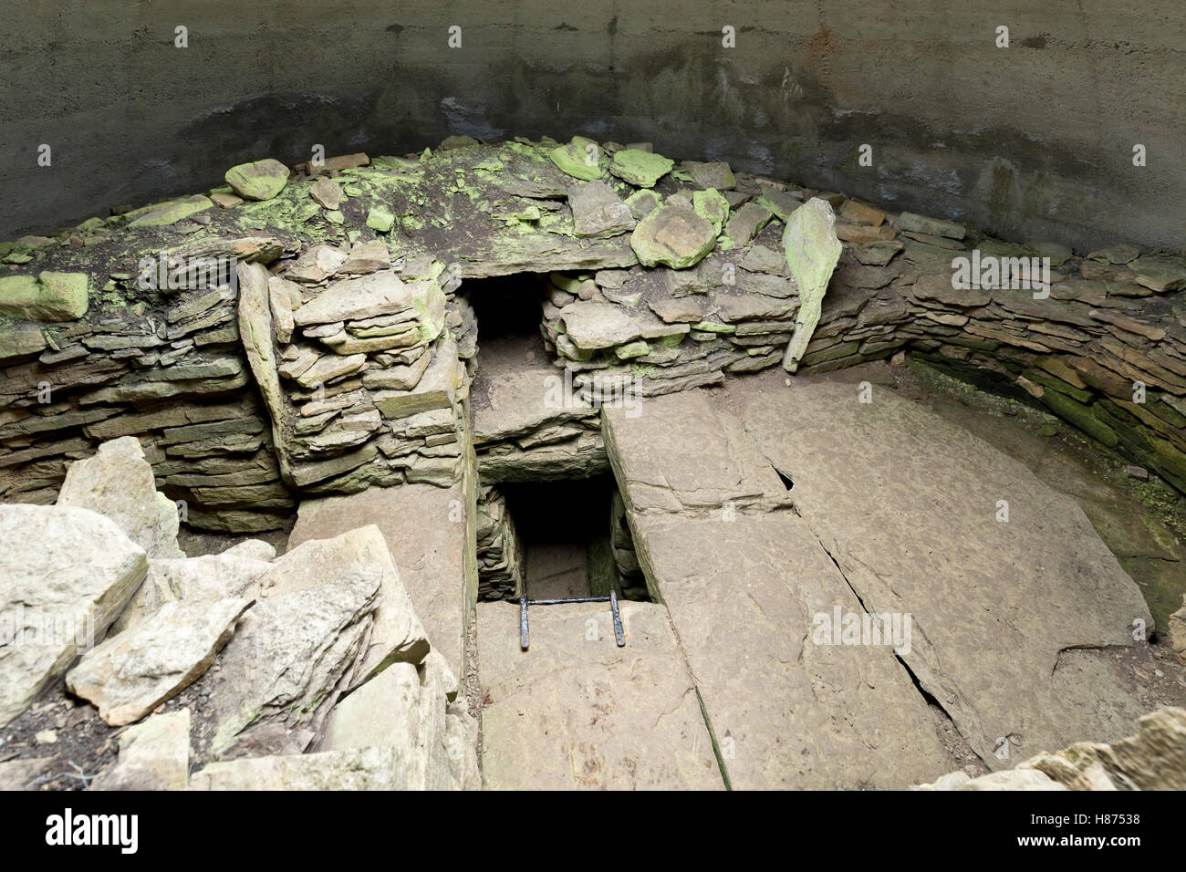 Orkney chambered neolithic cairn - Stock Image