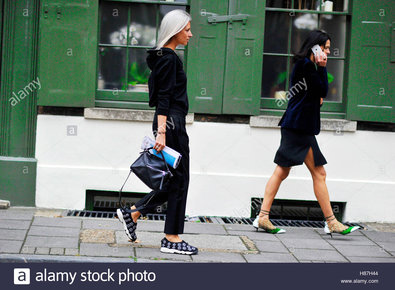 Sarah Harris, Old Spitalfields Market London Fashion Week SS17 FW16 Street Style September 16 2016. - Stock Image