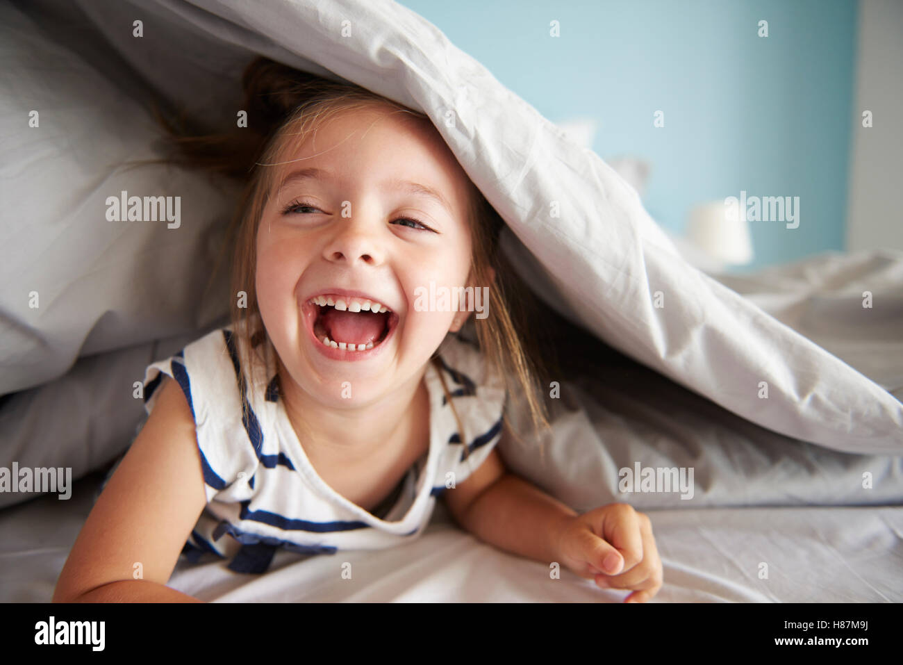 laugh out loud small baby girl stock photo: 125559438 - alamy
