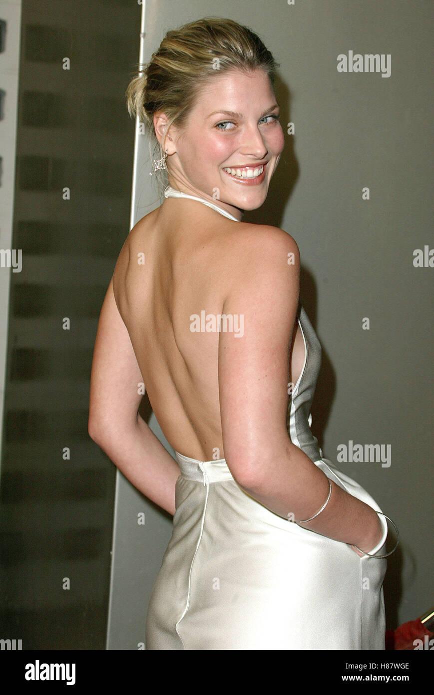 Celebrites Evangeline Lilly naked (25 photo), Topless, Paparazzi, Feet, underwear 2006