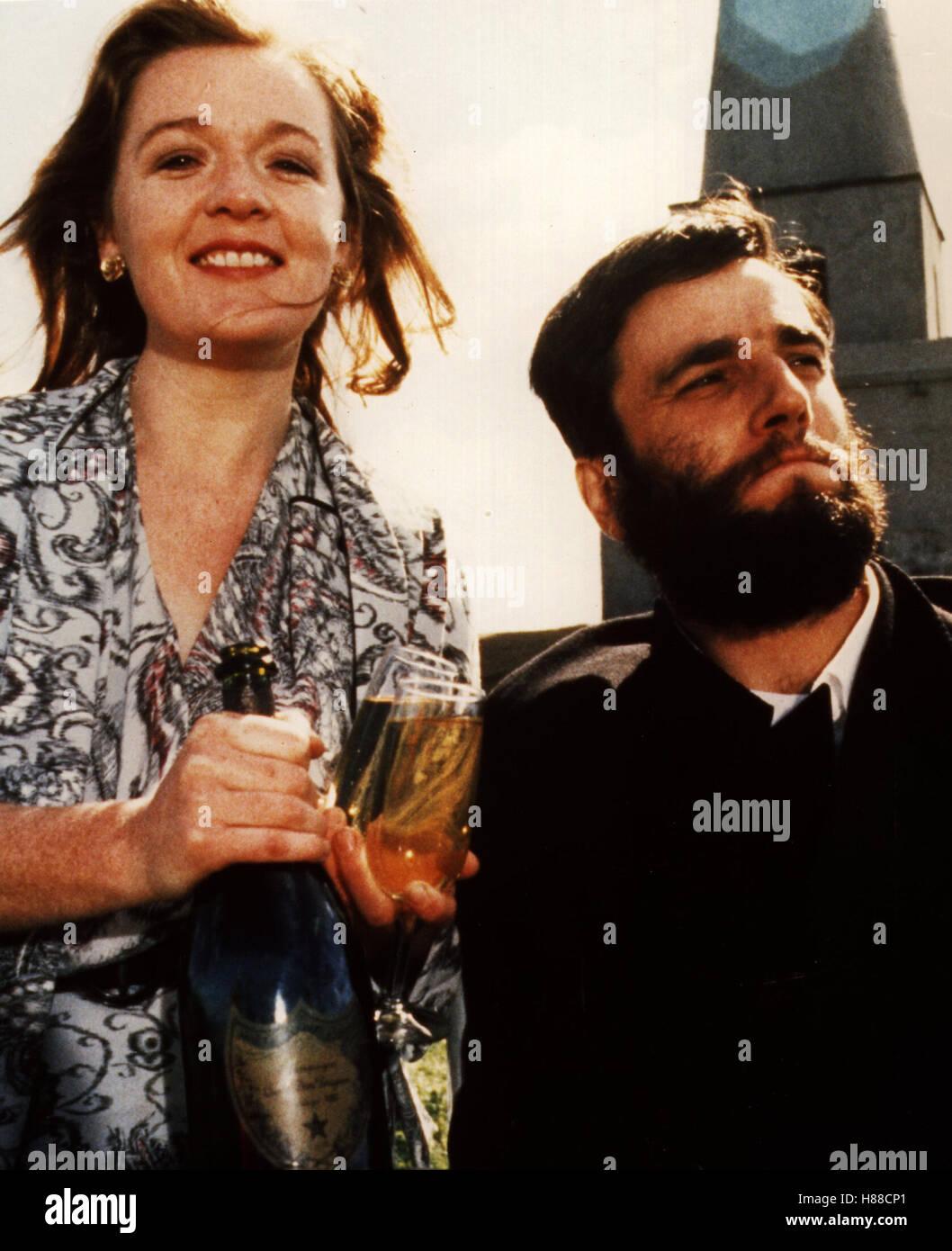 Mein linker Fuß, (MY LEFT FOOT) IRE 1989, Regie: Jim Sheridan, BRENDA FRICKER + DANIEL DAY LEWIS - Stock Image