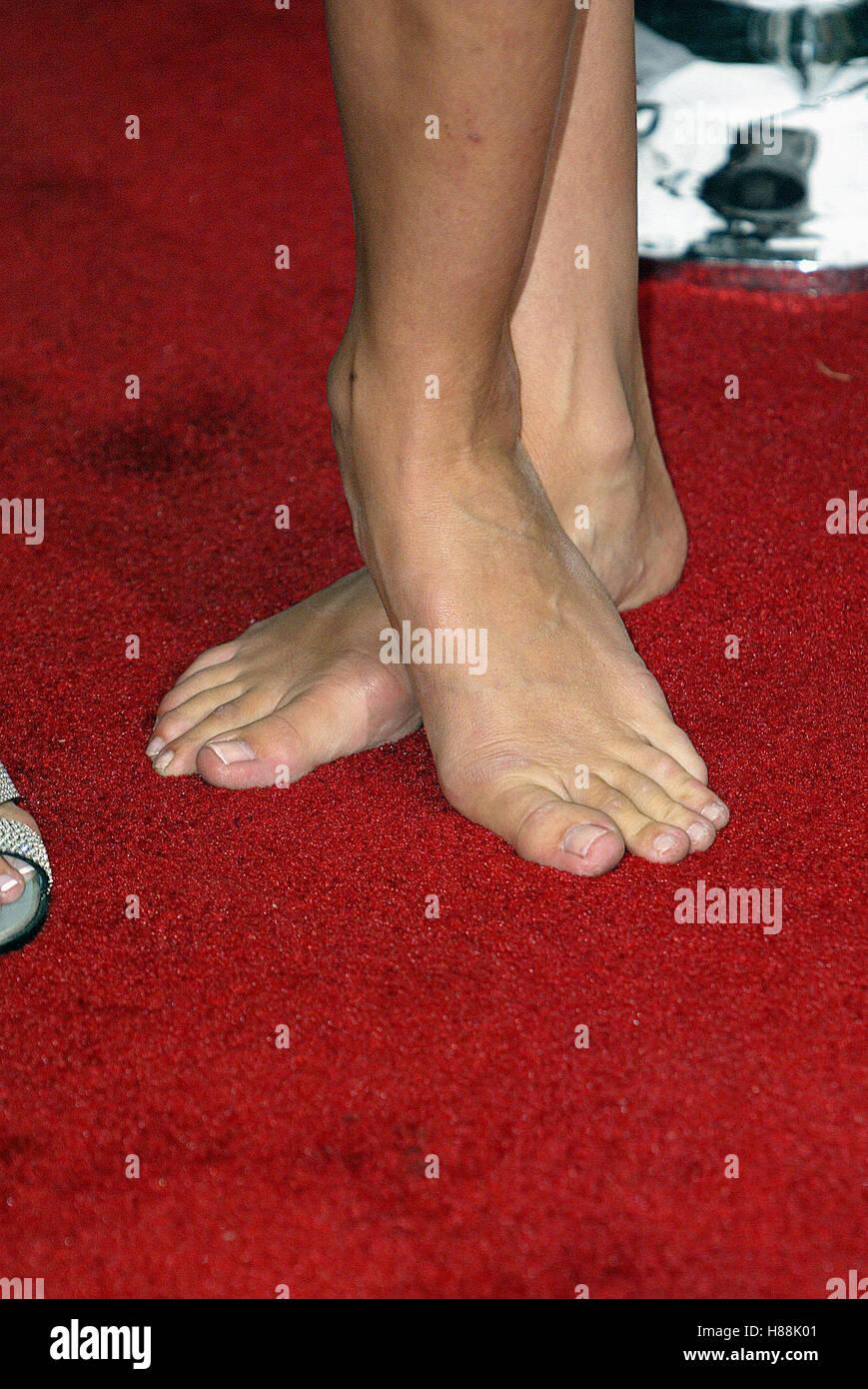 cameron diaz feet